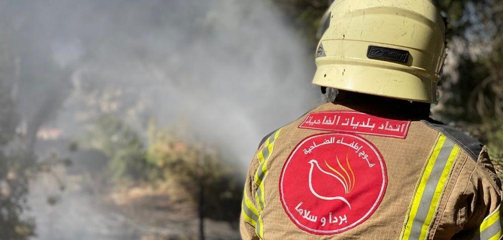 بالصور: فوج اطفاء الضاحية يشارك في اخماد الحريق الذي اندلع في كيفون