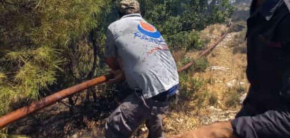 13 آلية إطفاء و( ١٠٠) عامل و متطوع للدفاع المدني - الهيئة عملوا في اخماد الحرائق المندلعة في الهرمل