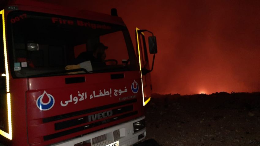 الدفاع المدني يخمد حريقاً اندلع ليلاً في وادي يارين