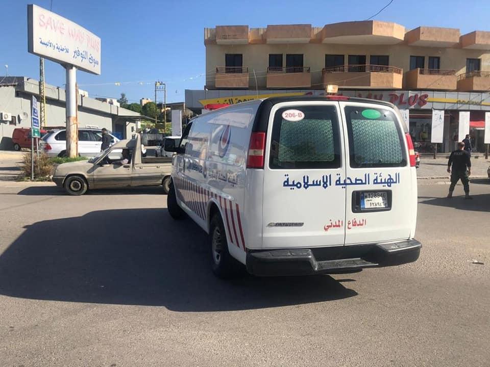 الفرق الاسعافية في مديرية الجنوب الثانية تتصدى لحادث سير في بلدة الدوير